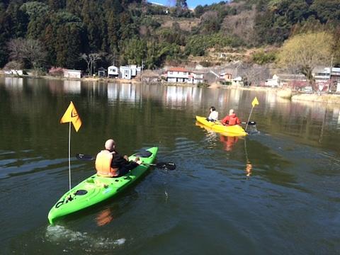 kayakNmori2.jpg